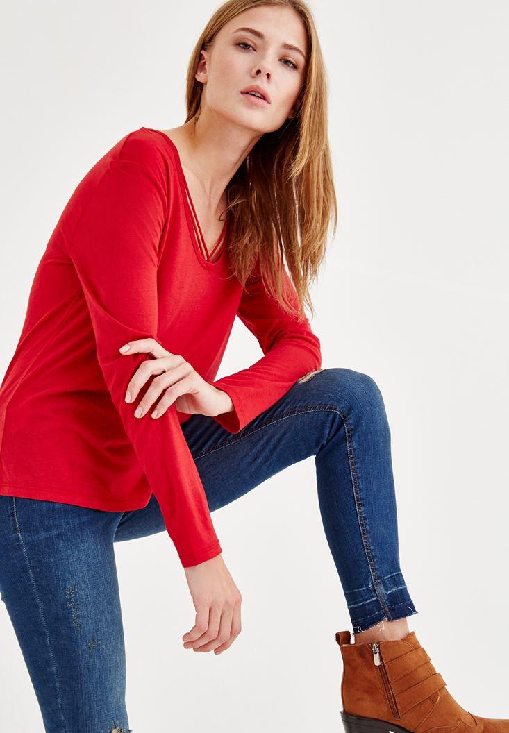 Kırmızı Biye Detaylı Uzun Kollu Tişört