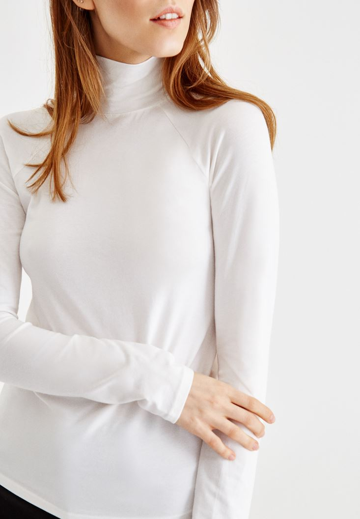 Cream Turtleneck Pullover with Details