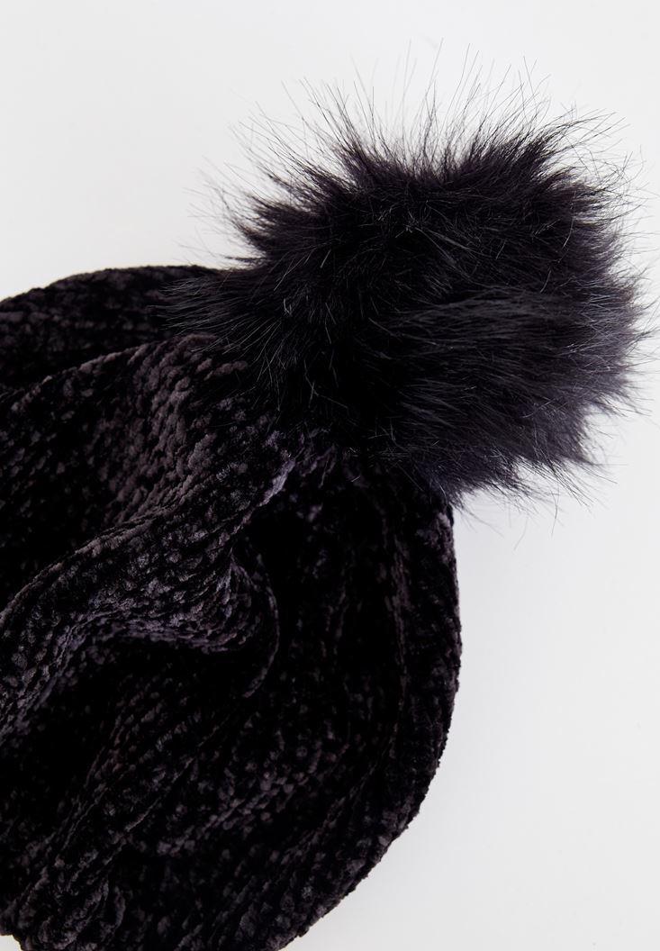 Bayan Siyah Tüy Ponpon Detaylı Şapka