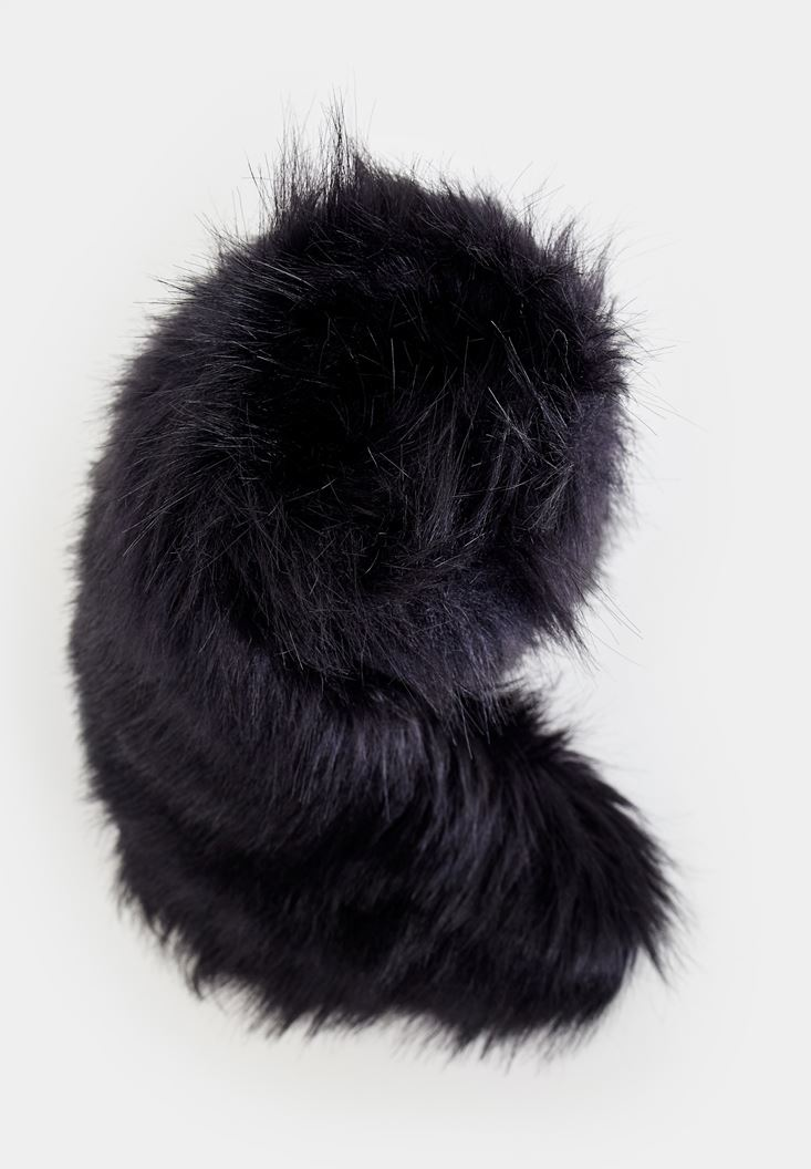Black Scarf with Fake Fur