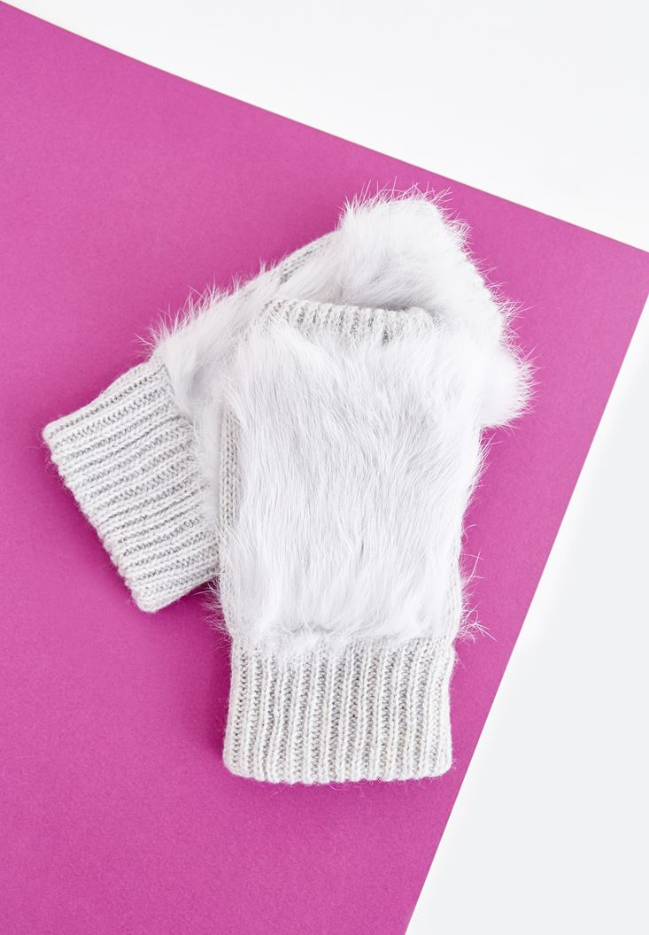 Grey Gloves with Fur