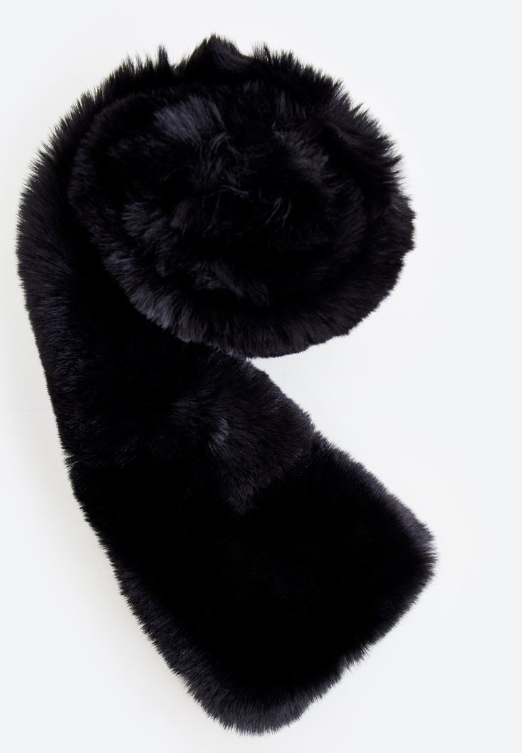 Black Fake Fur Neck