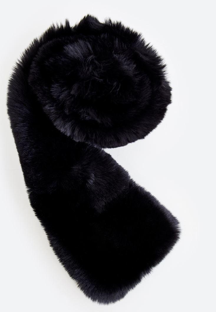 Black Fake Fur Neck
