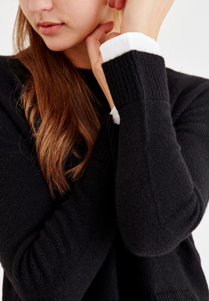 Bayan Siyah Gömlek Detaylı Kazak