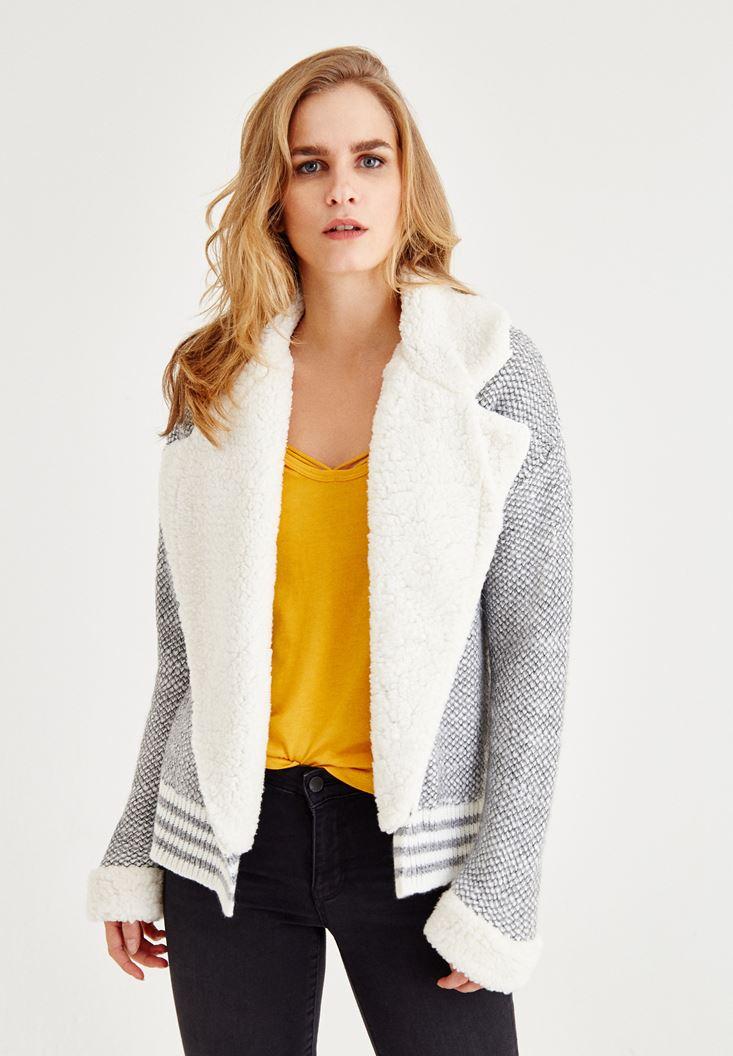 Gri Yakası Tüylü Ceket