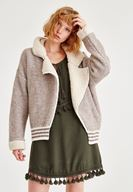 Bayan Gri Yakası Tüylü Ceket