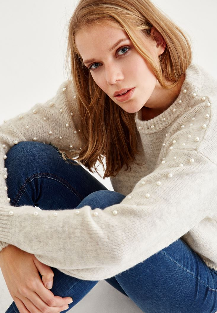 Cream U Neck Knitwear with Pearl Details