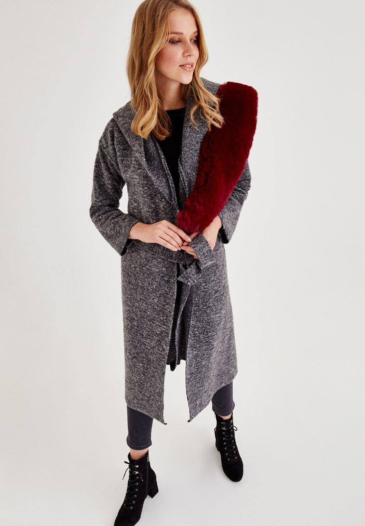 Gri Kemer Detaylı Kapüşonlu Uzun Ceket