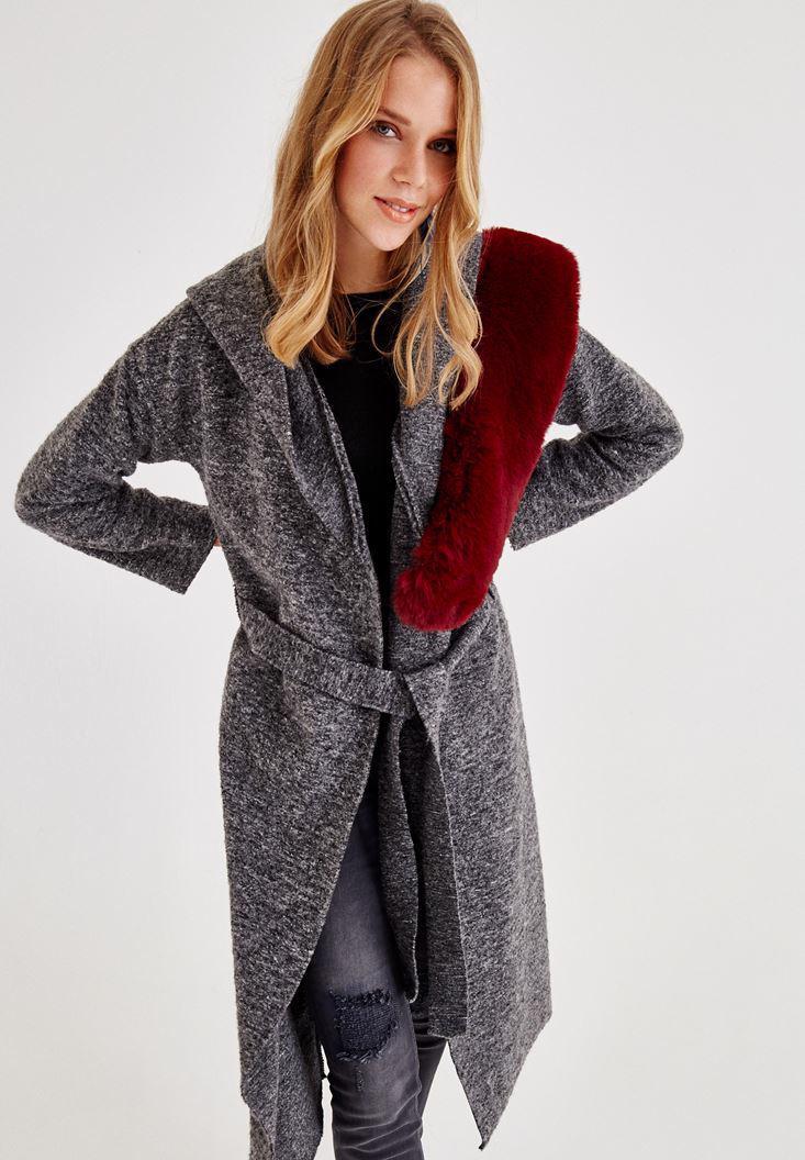 Bayan Gri Kemer Detaylı Kapüşonlu Uzun Ceket