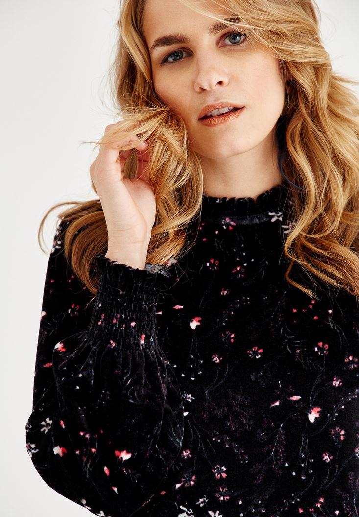 Bayan Çok Renkli Çiçek Desenli Kadife Bluz