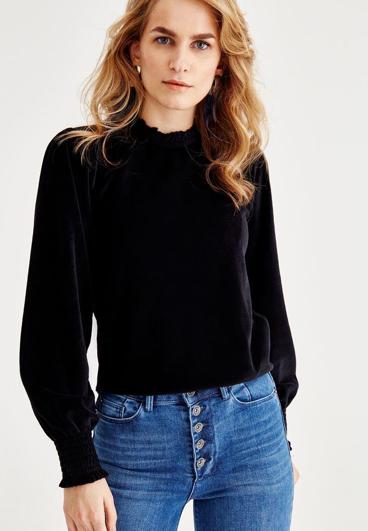 Bayan Siyah Fırfır Kol ve Yaka Detaylı Bluz
