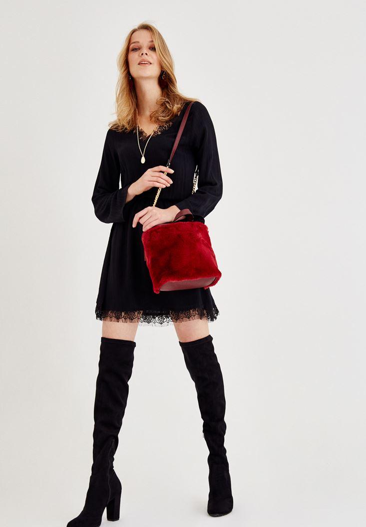 Siyah Dantel Detaylı Kısa Elbise