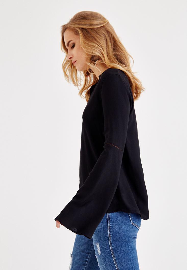 Bayan Siyah V Yaka Kolları Detaylı Bluz
