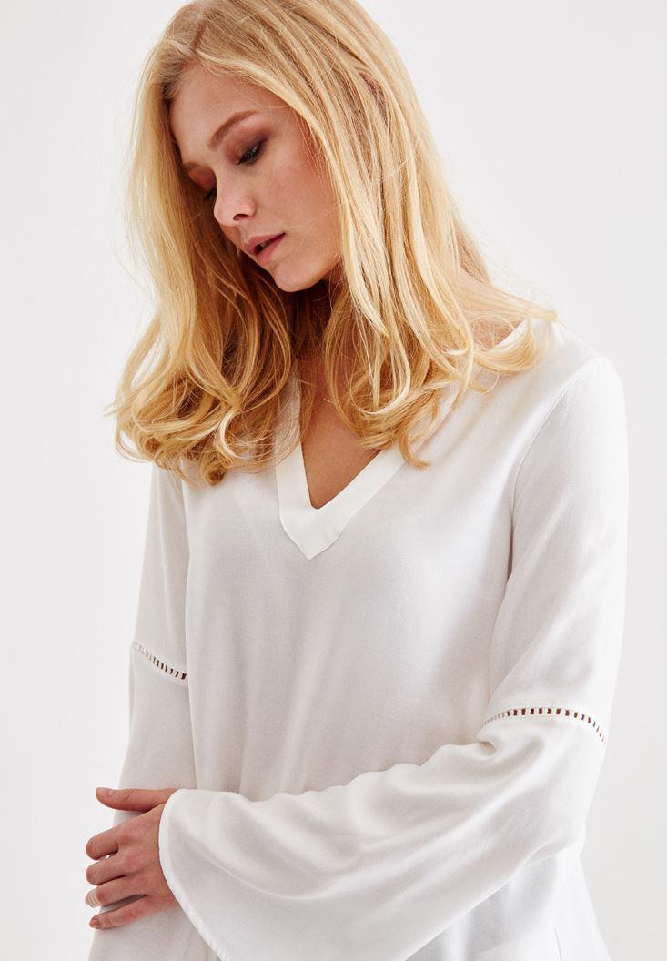 Bayan Krem V Yaka Kolları Detaylı Bluz