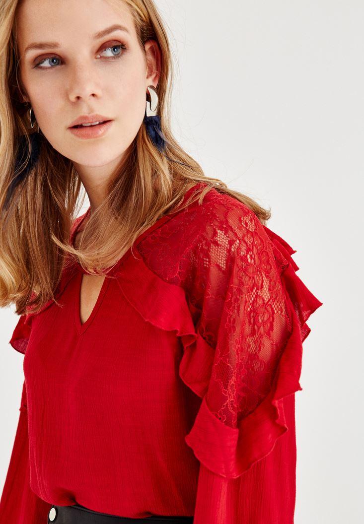 Kırmızı Dantel ve Volan Detaylı Bluz