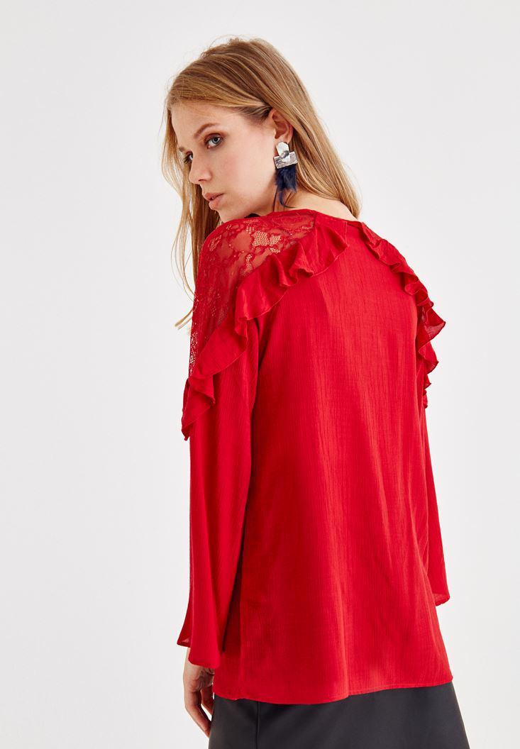 Bayan Kırmızı Dantel ve Volan Detaylı Bluz