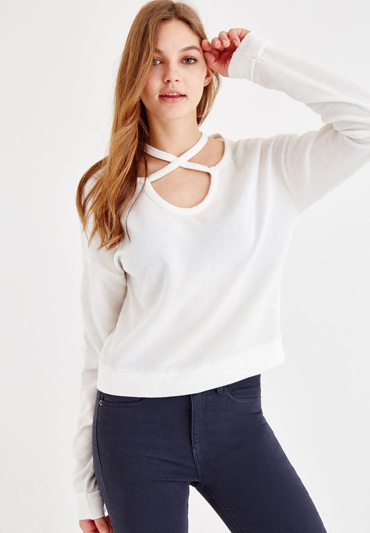 Krem Çapraz Biye Detaylı Sweatshirt