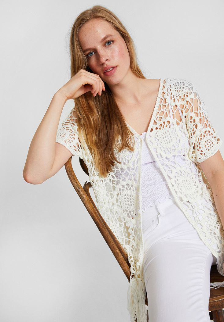 Cream Lace Kimono with Half Sleeve