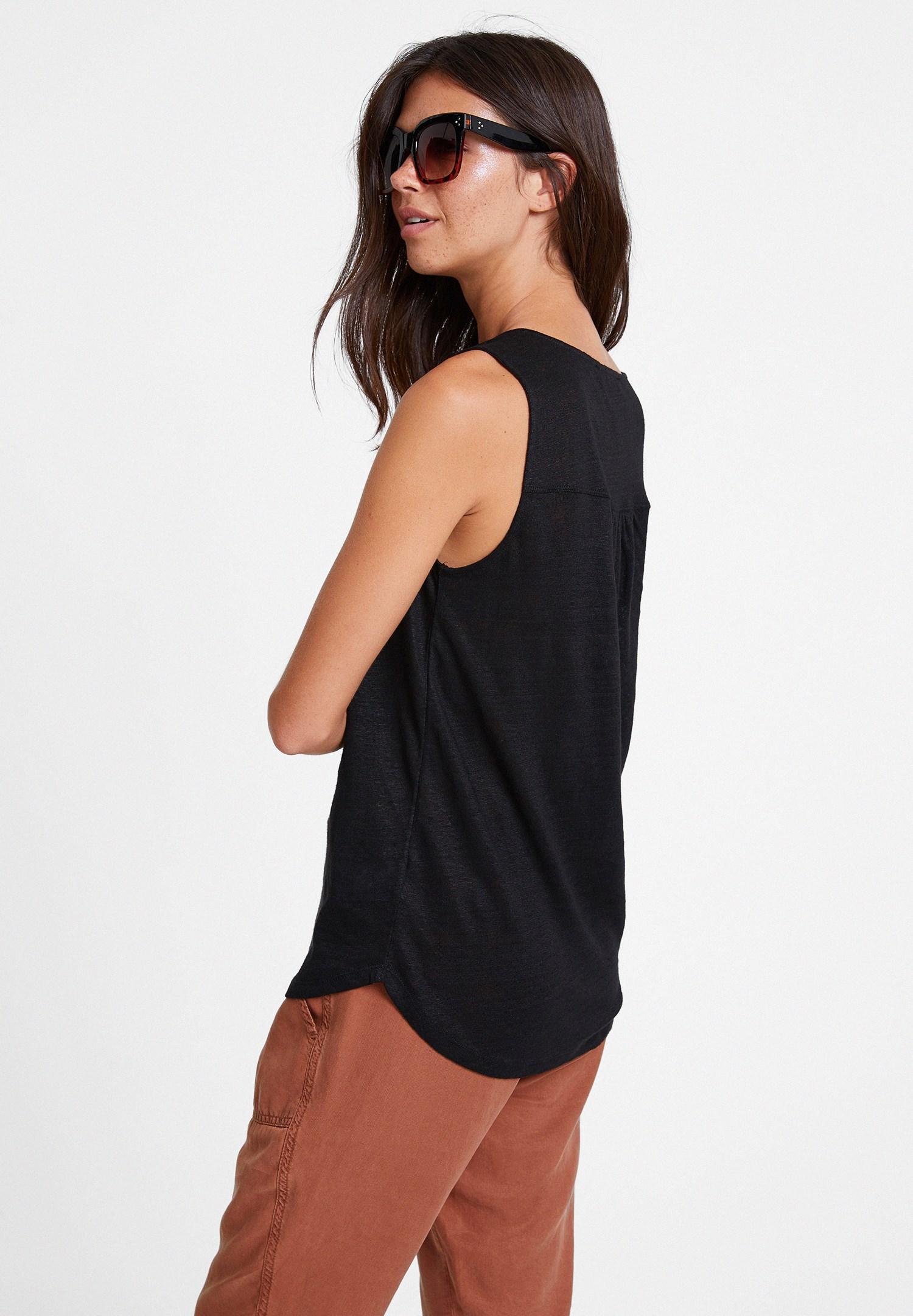 Women Black Linen T-shirt with V Neck