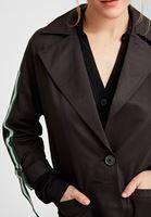 Bayan Siyah Kolları Şeritli Trençkot
