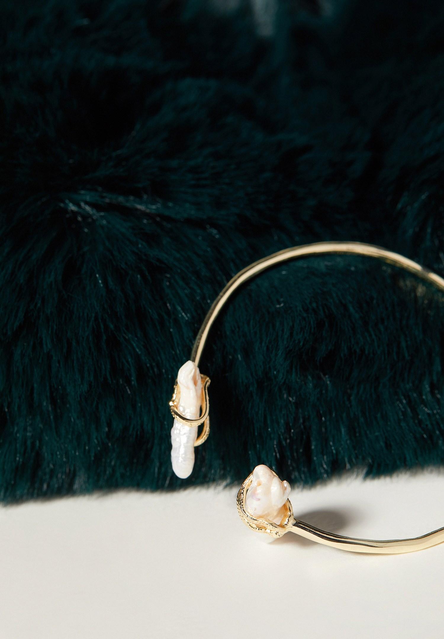 Women Mixed Stone Bead Bracelet