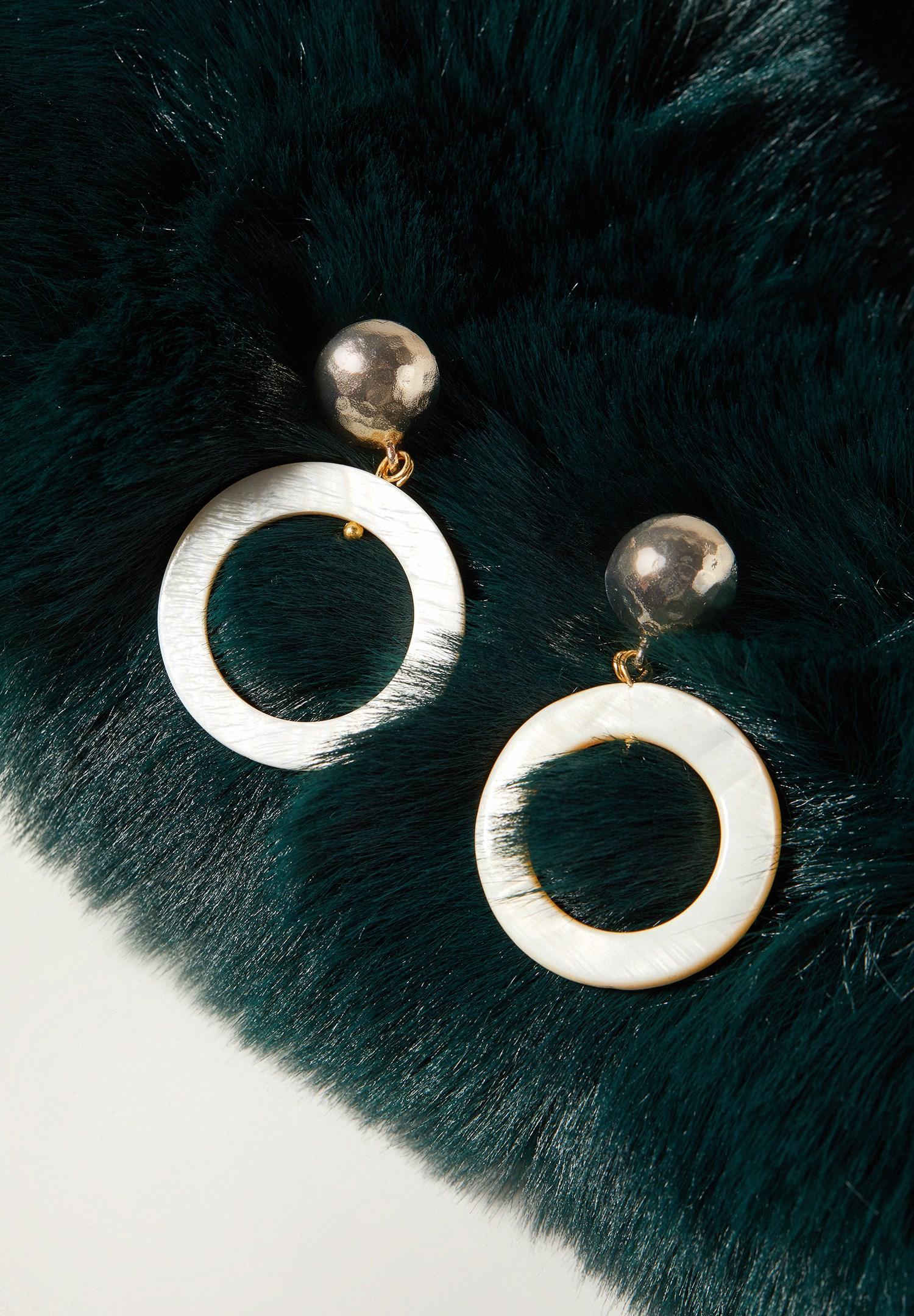 Women Mixed Hoop Earrings with Detail