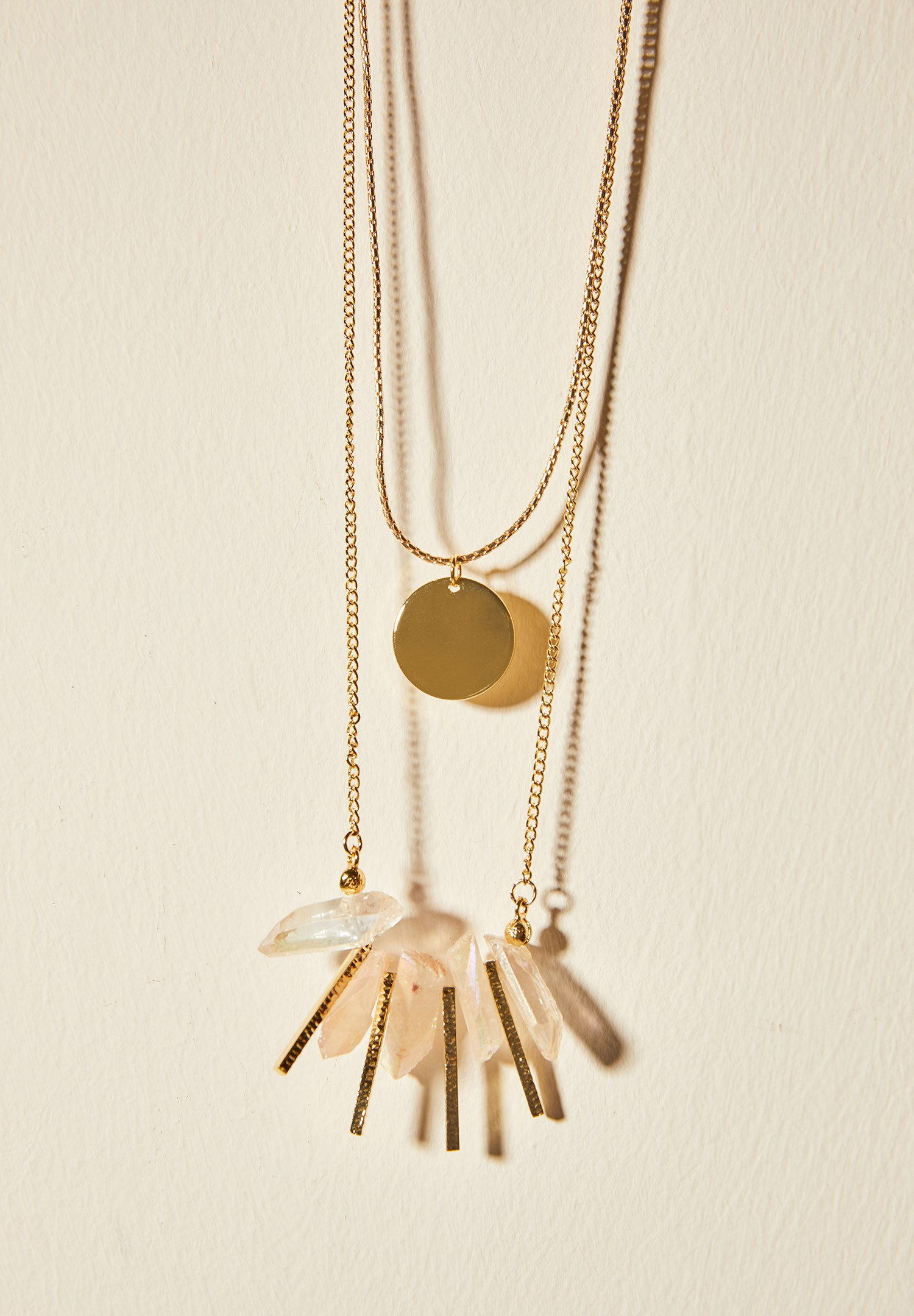 Women Mixed Gold Necklace with Stone