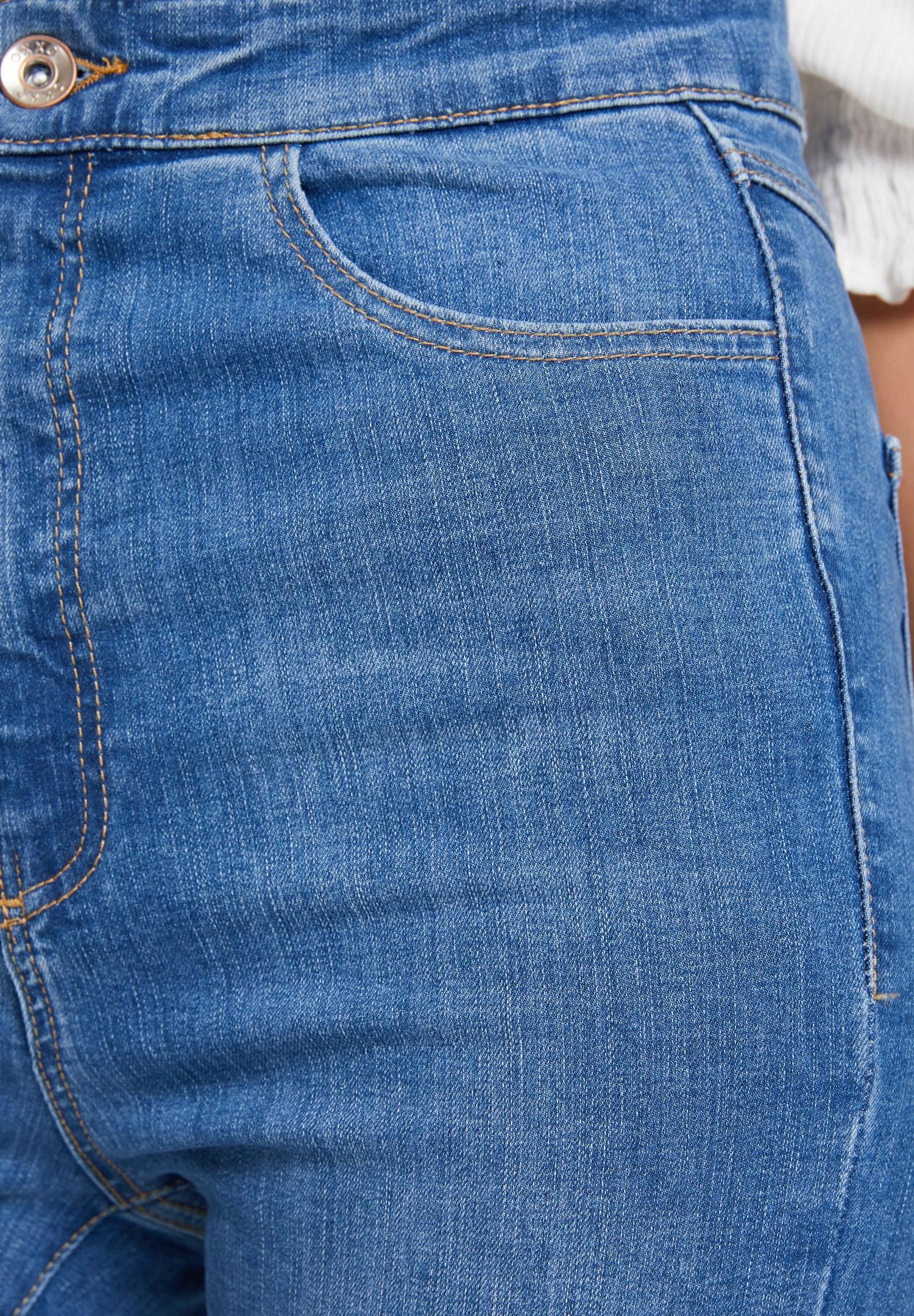 Women Blue High Waist Denim Pants with Cuff Details