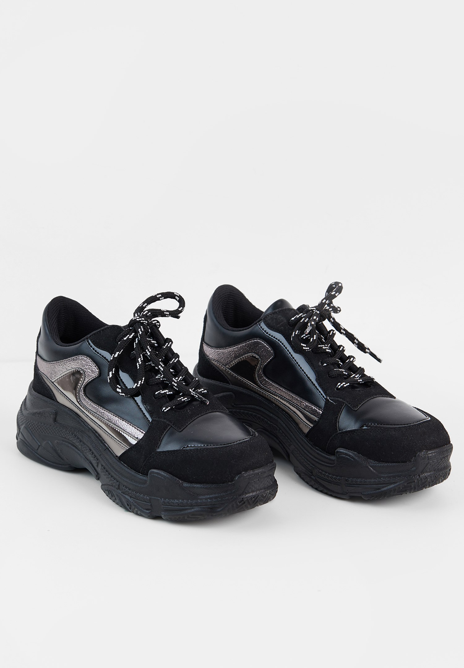 Bayan Siyah Kalın Tabanlı Yanları Şeritli Sneaker