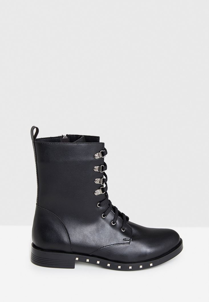 Black Boot with Details