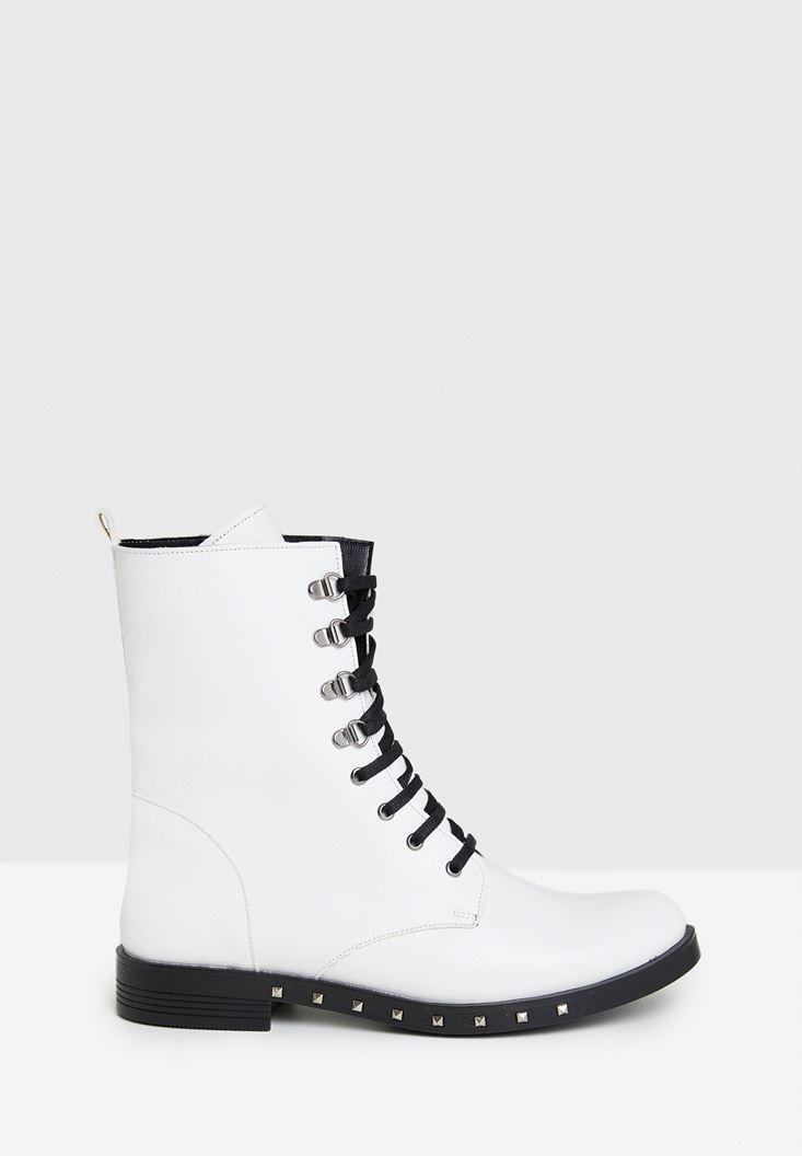 White Boot with Details