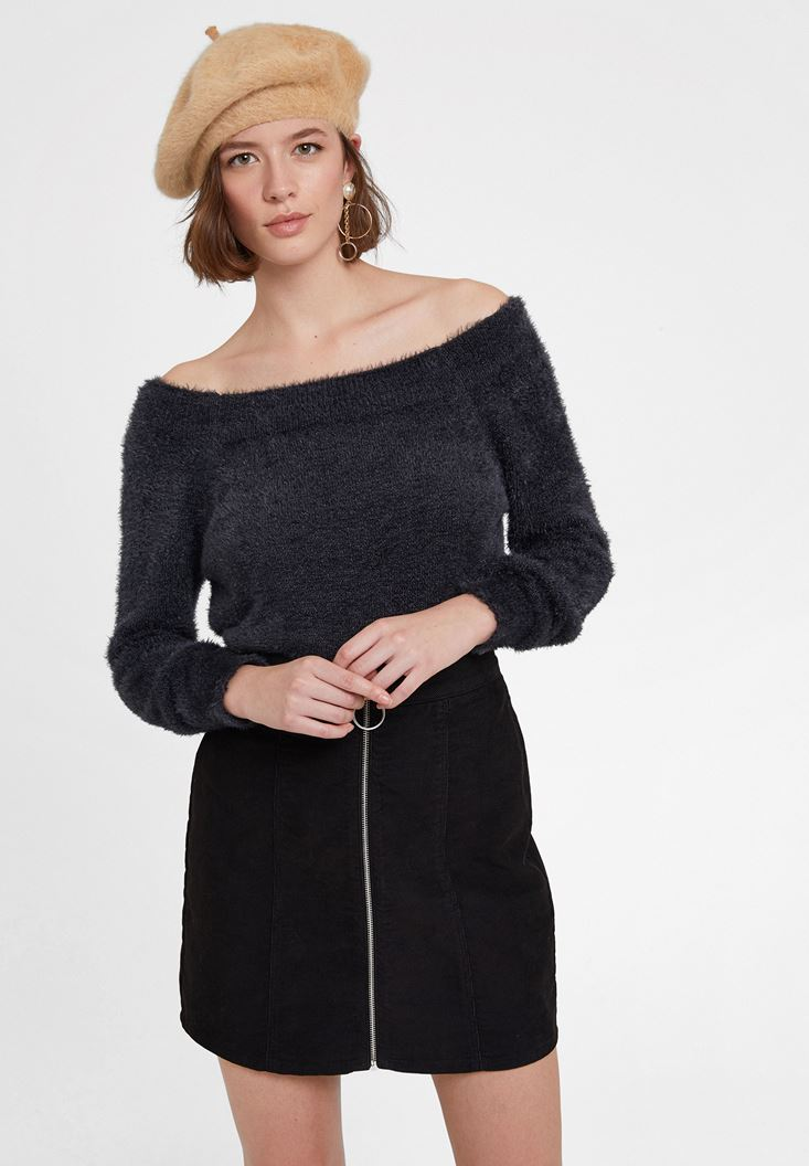 Grey Knitwear with Neck Detail
