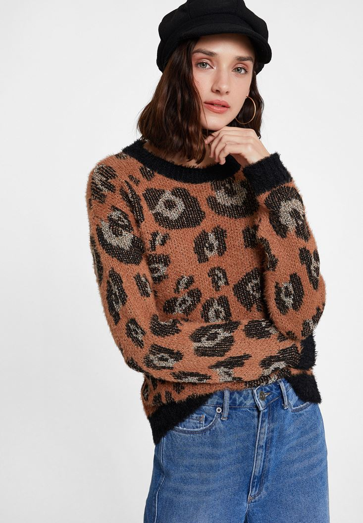 Mixed Leopard Pattern Knitwear