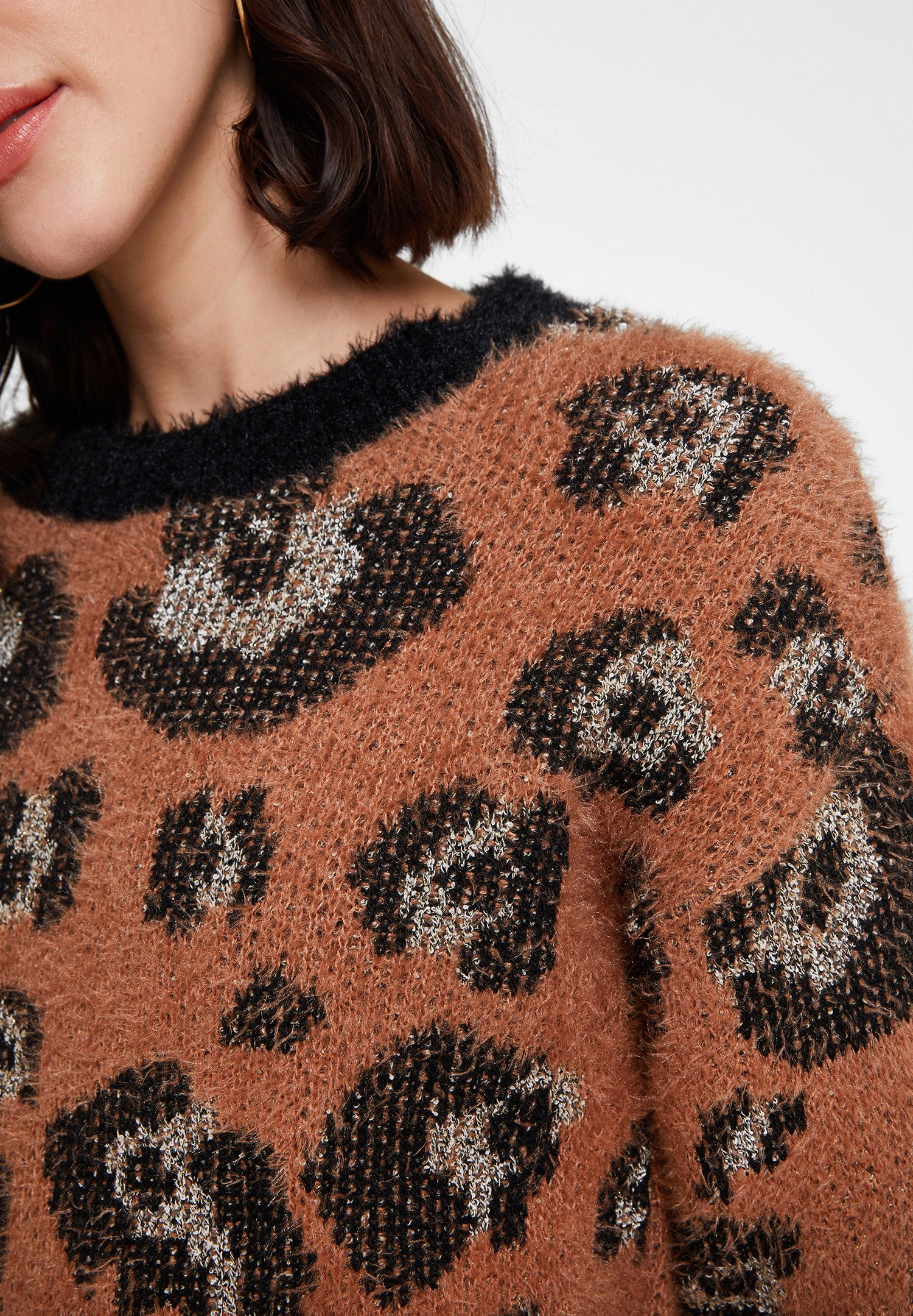 Women Mixed Leopard Pattern Knitwear