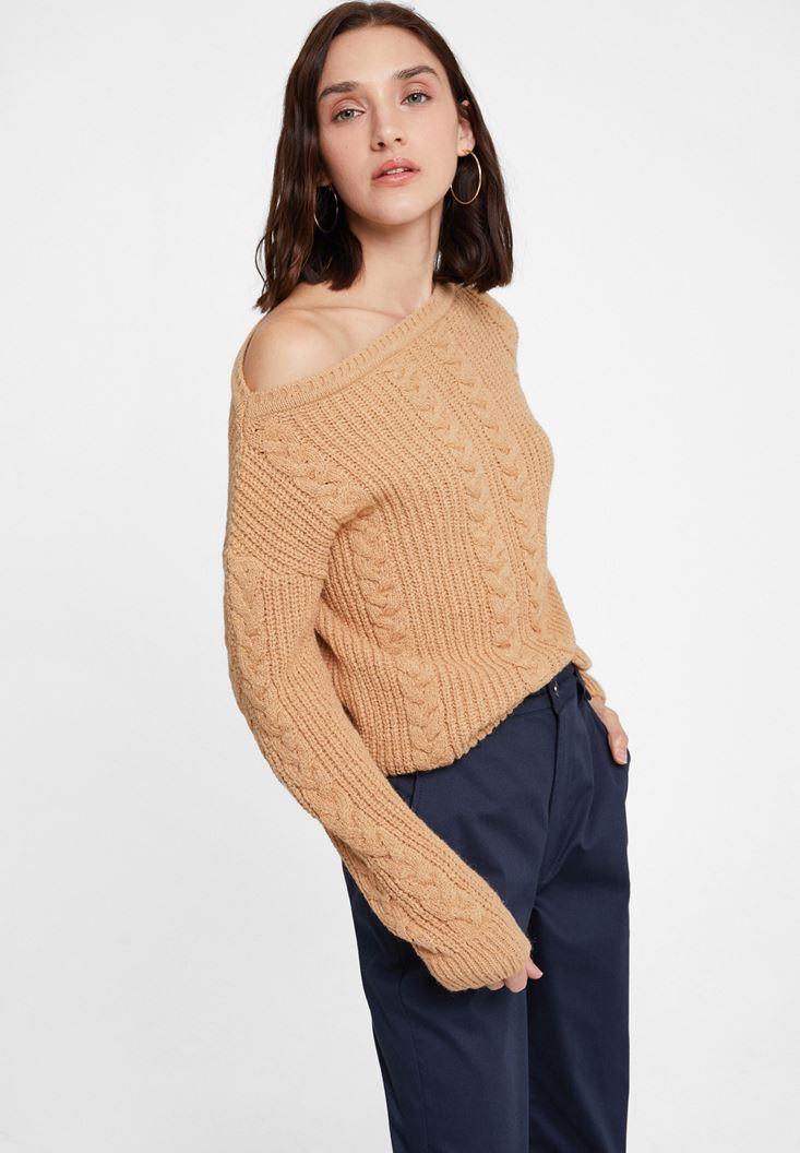 Brown Braided Knitwear