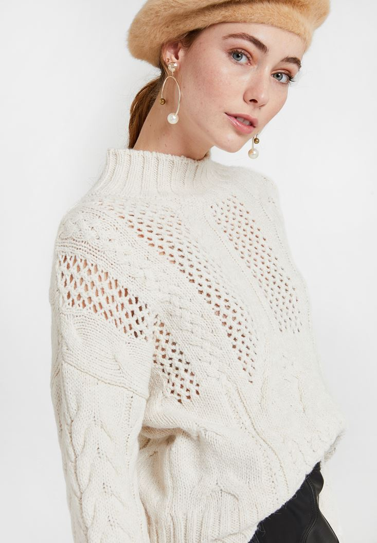 Cream Knitted Pullover with Neck