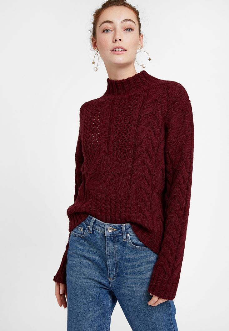Bordeaux Knitted Pullover with Neck