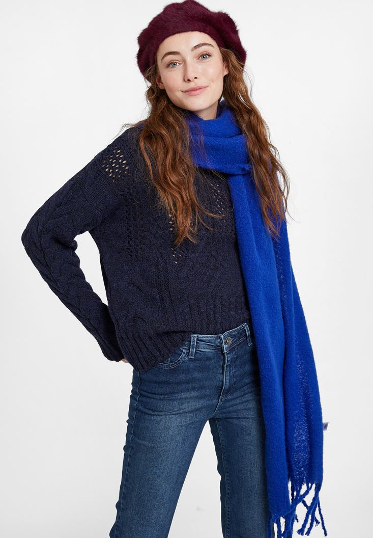 Navy Knitted Pullover with Neck