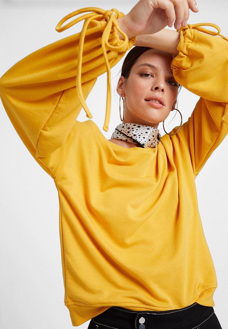 Sarı Kolları Bağlama Detaylı Sweatshirt