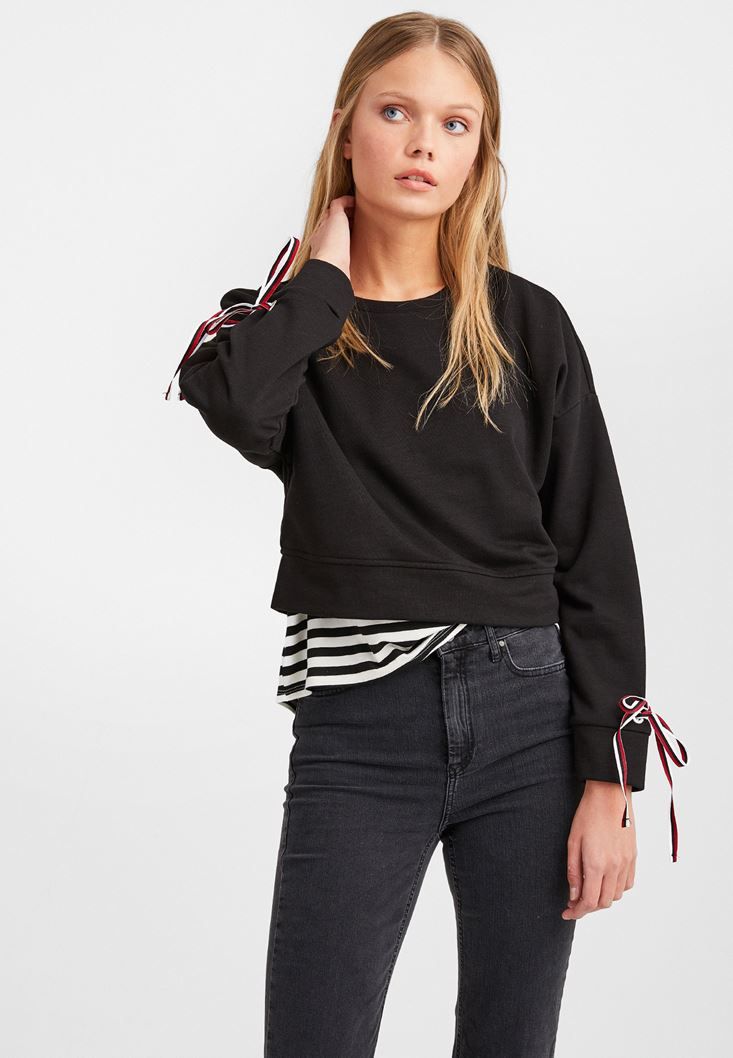 Siyah Kolları Bağlamalı Sweatshirt