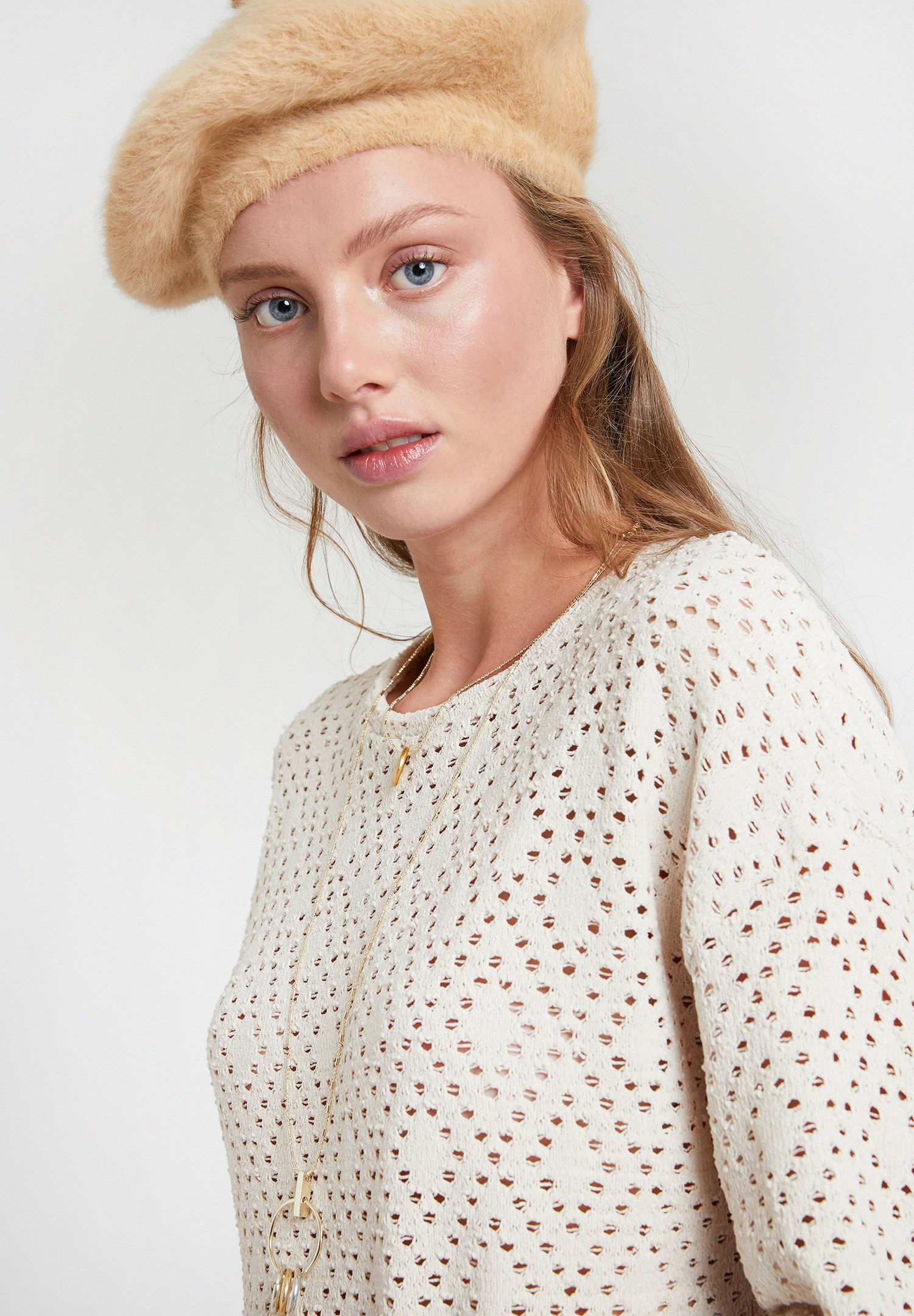 Women Cream Long Sleeve Pullover with Detail
