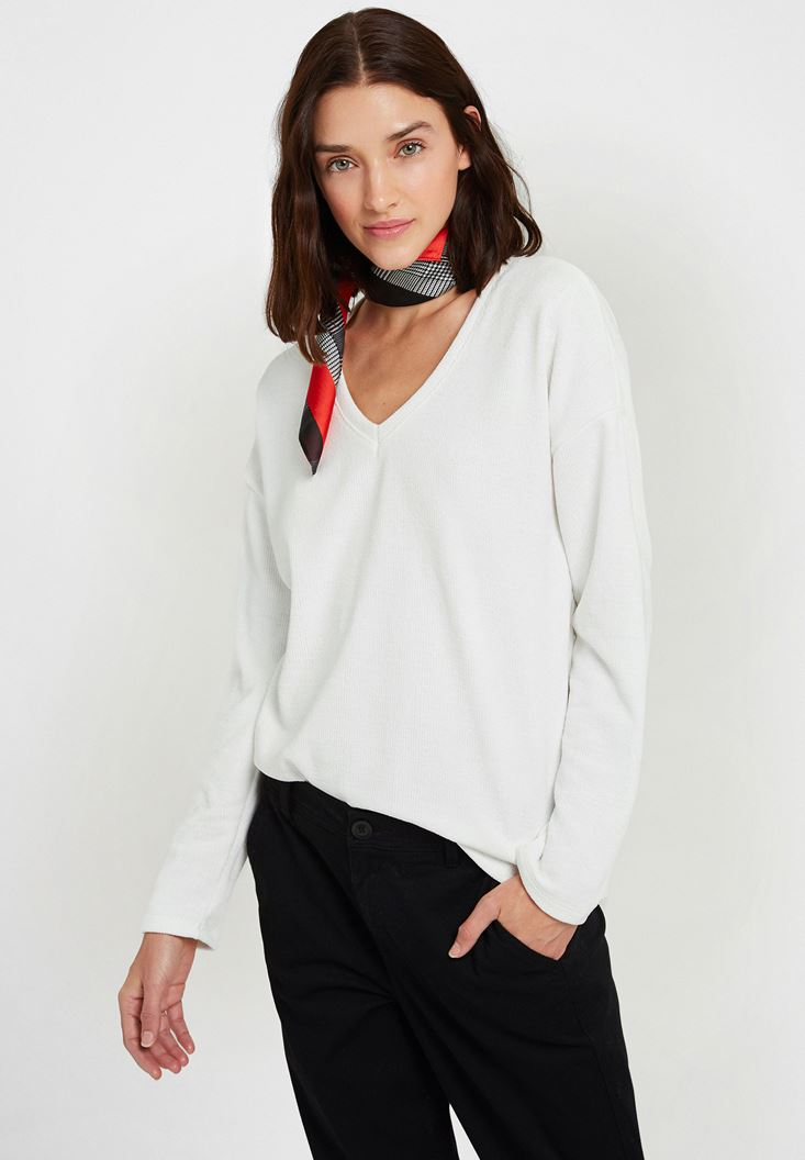 Cream Soft Touch V Neck Knitwear