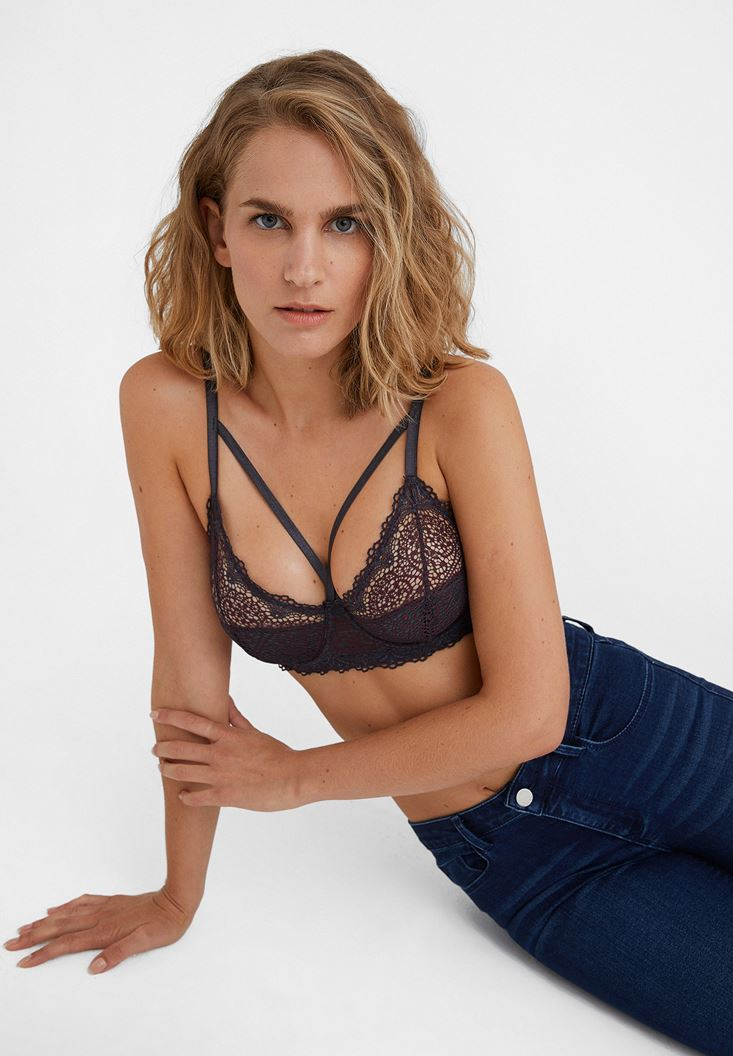 Mixed Bralette with Lace Detail