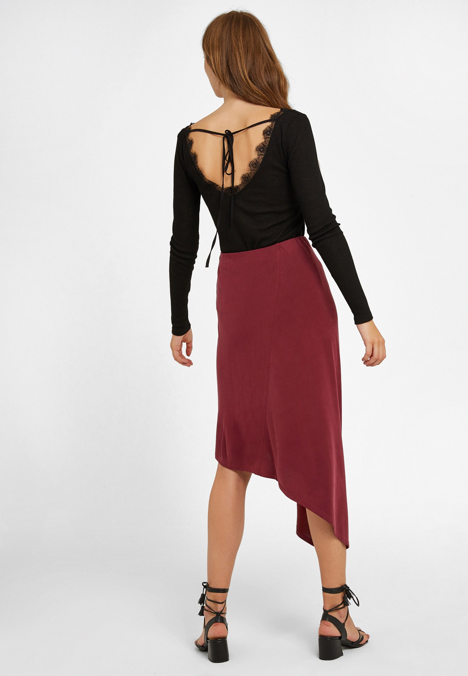 Women Bordeaux Asymmetric Skirt with Detail