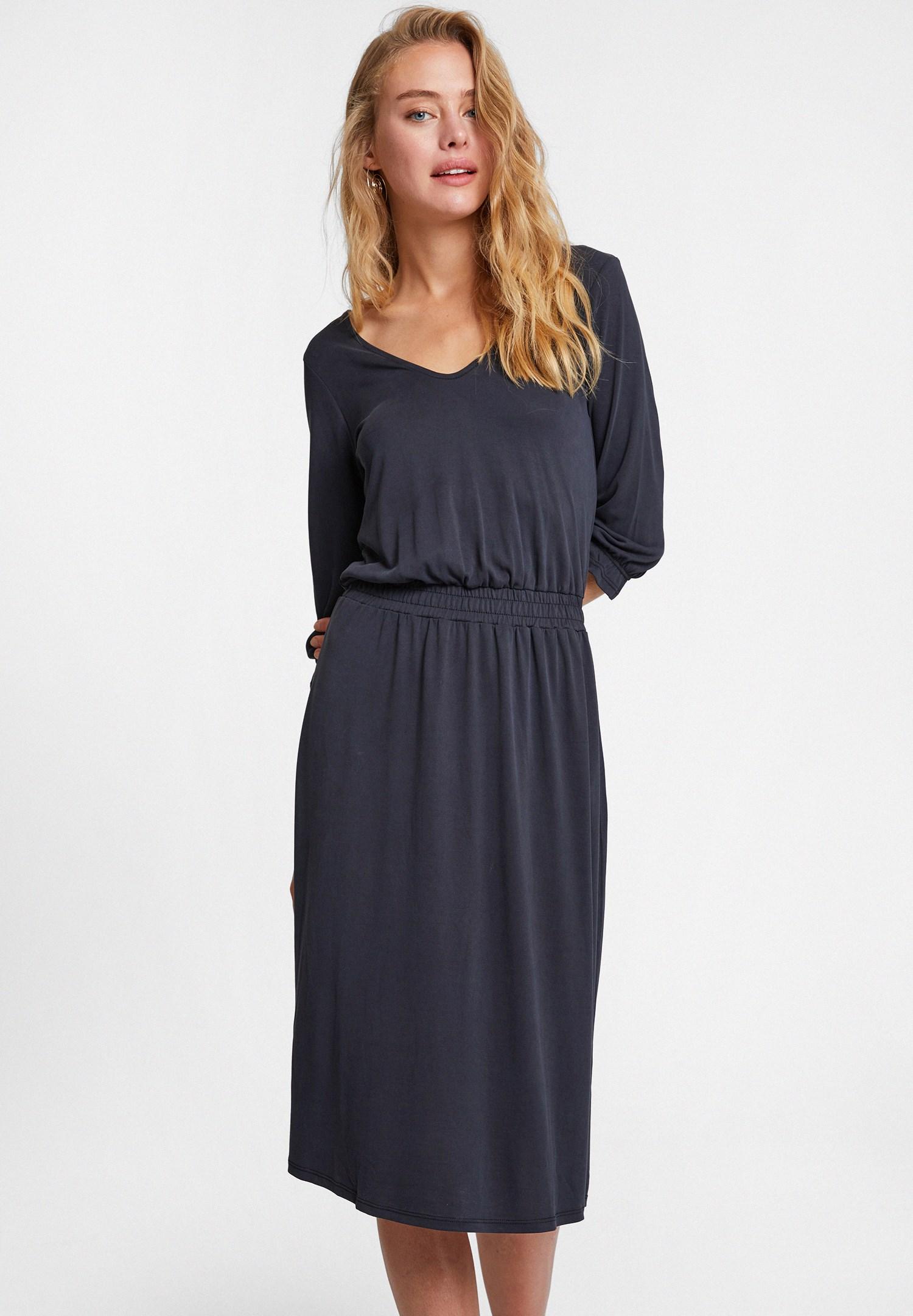 Hafif ve Yumuşak Elbise Modelleri