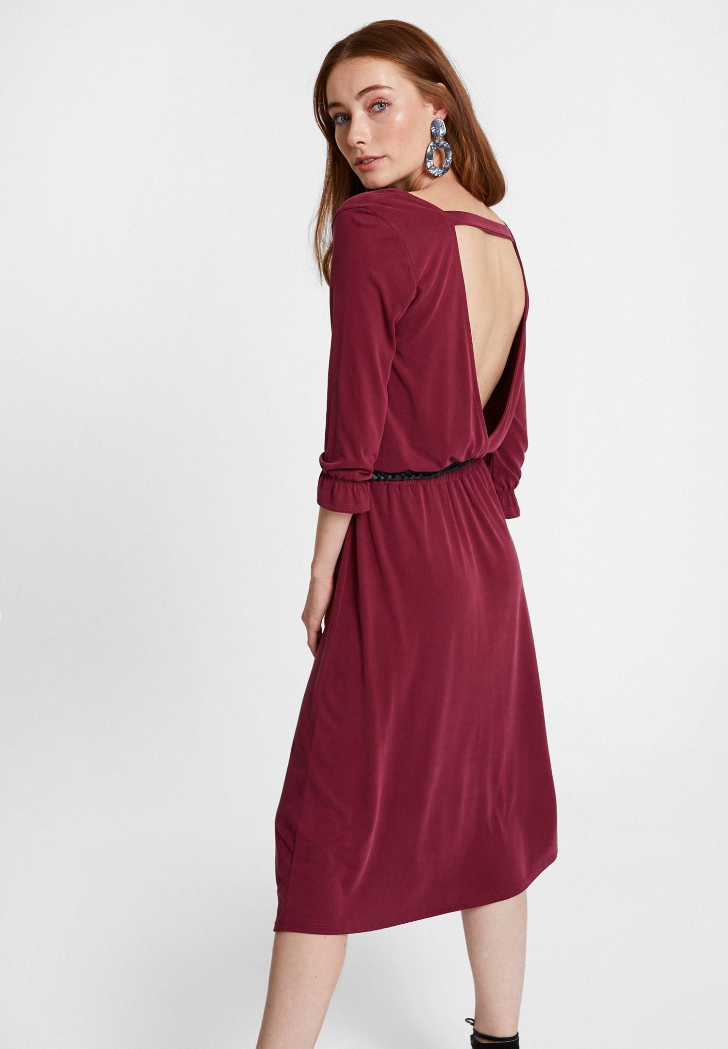 Bayan Bordo Sırt Detaylı Yumuşak Dokulu Elbise