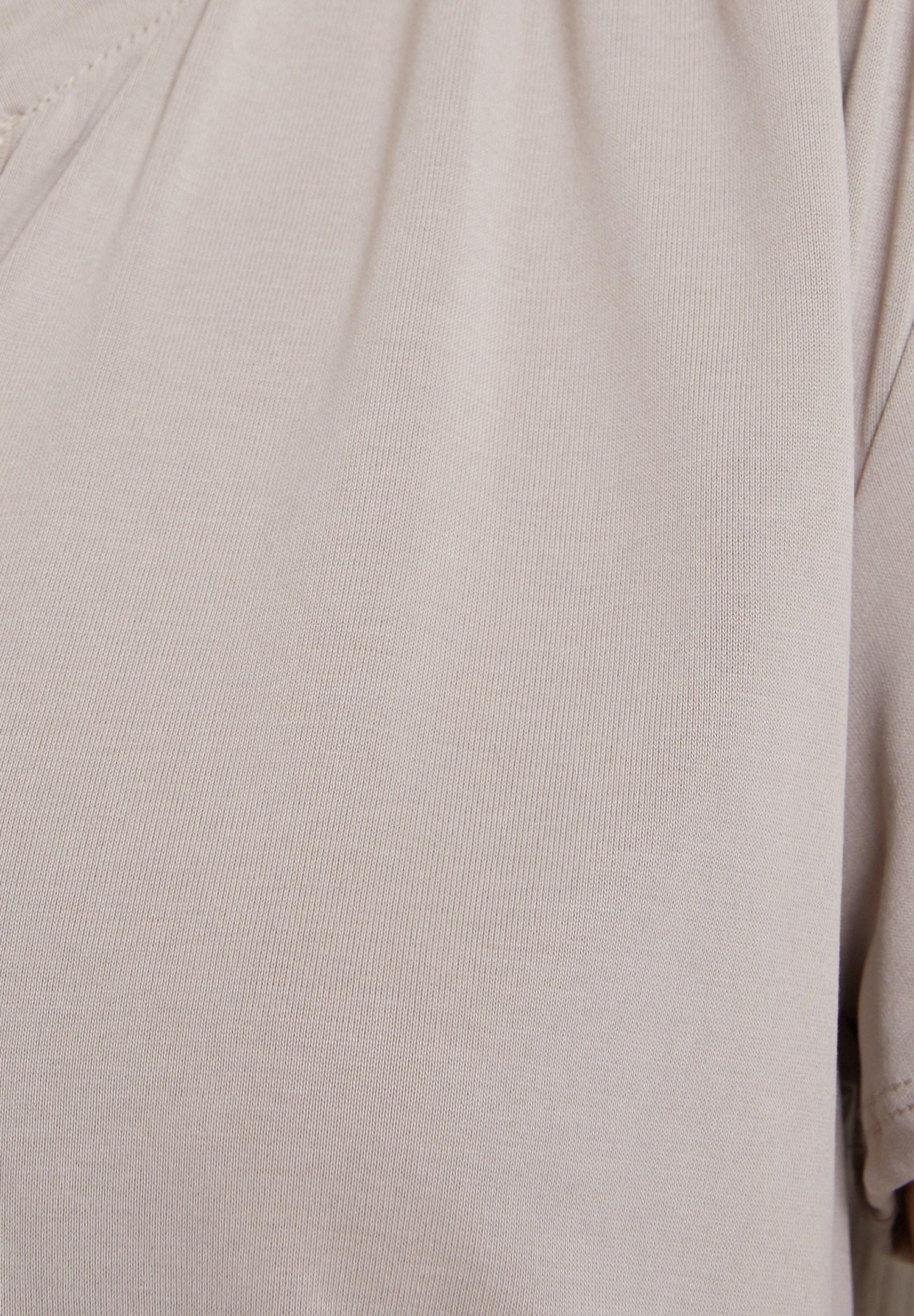 Bayan Krem Yumuşak Dokulu V Yaka Bluz