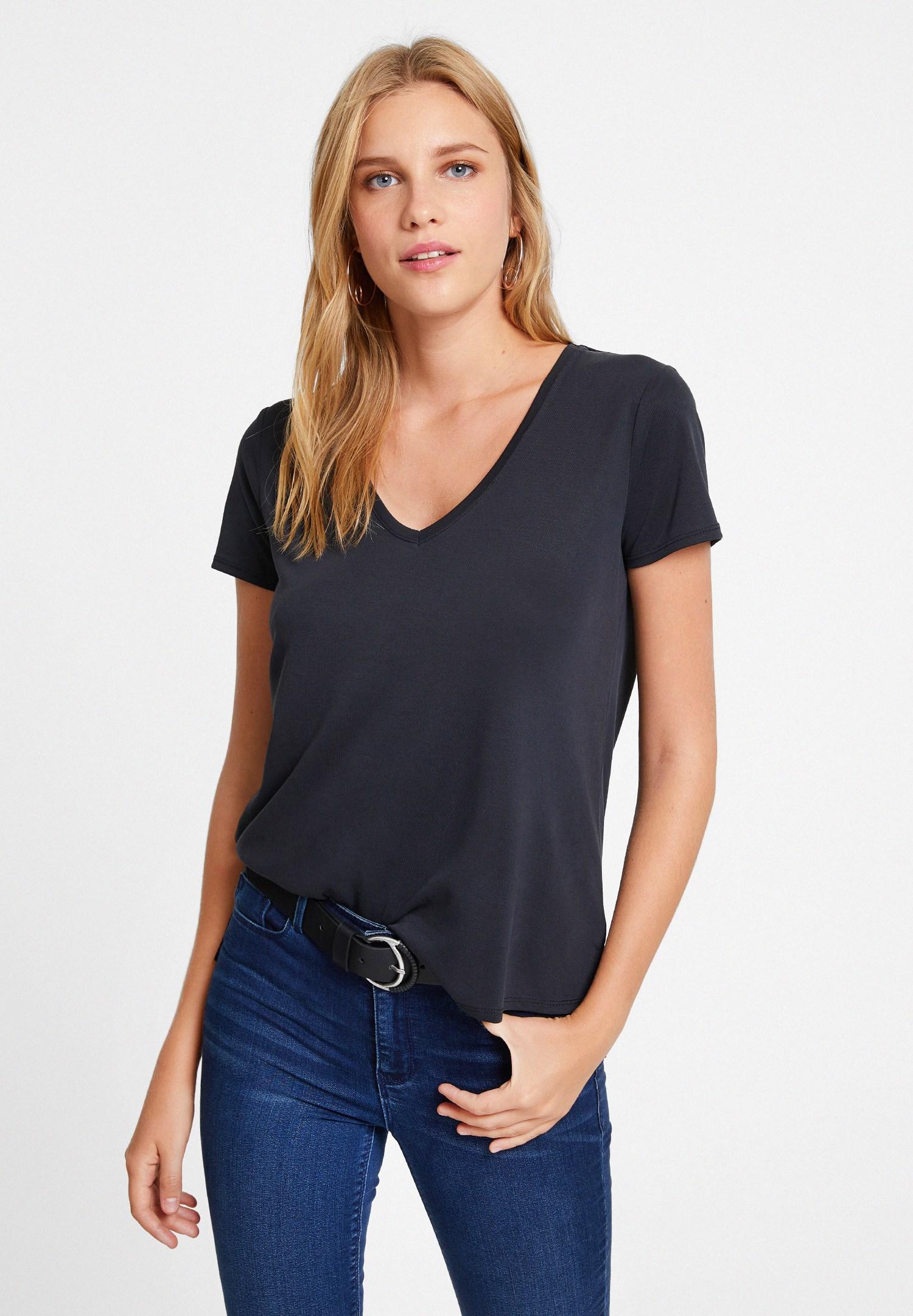 Bayan Siyah V Yaka Cupro Tişört
