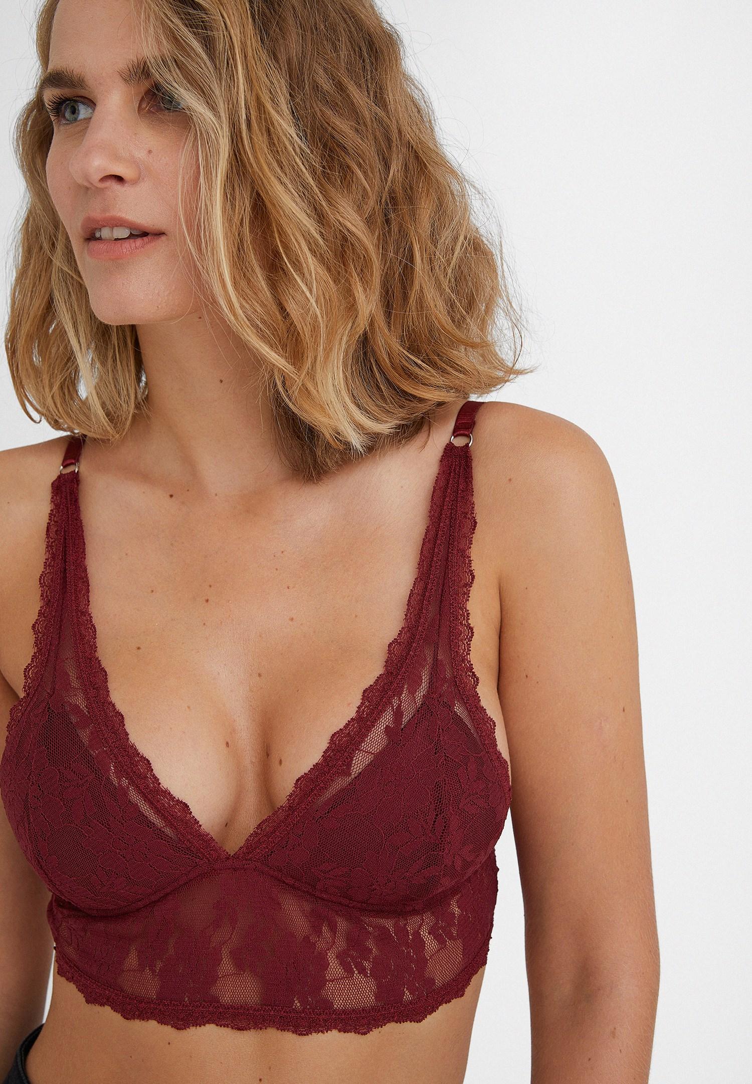 Women Bordeaux Lace Triangle