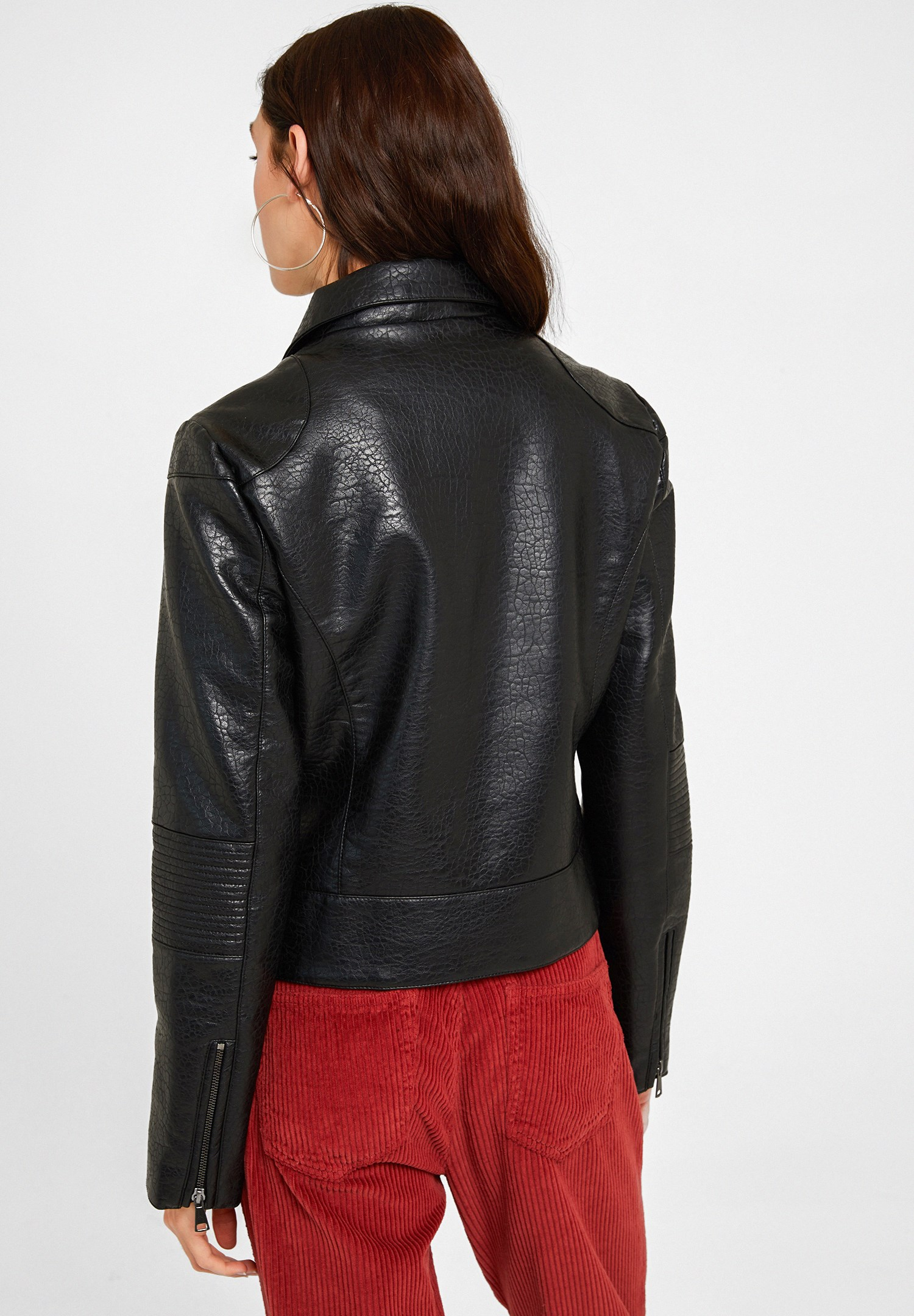 Women Black Leather Biker Jacket with Zipper